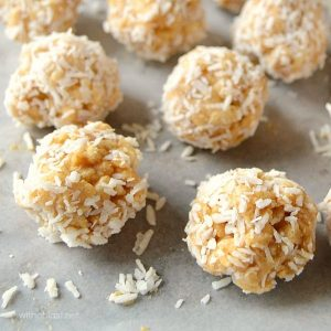 peanut-butter-balls-with-rice-krispies